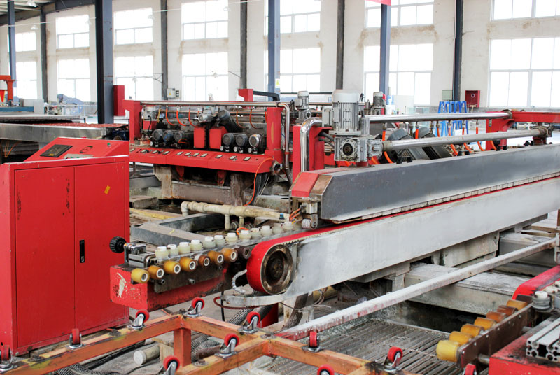 Double-sided peeling and edge grinding machine
